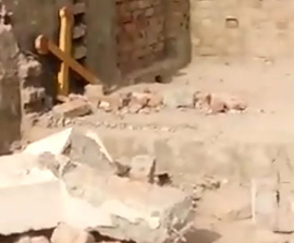 PAKISTAN: Muslims Attack a Church and Desecrate the Cross
